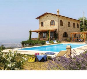Villa for 9 in Tuscany, Italy – from £1995/week