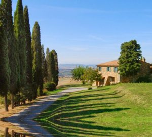4 Bed Farm Villa with Pool in Tuscany