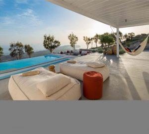 Romantic Escape for two in Santorini
